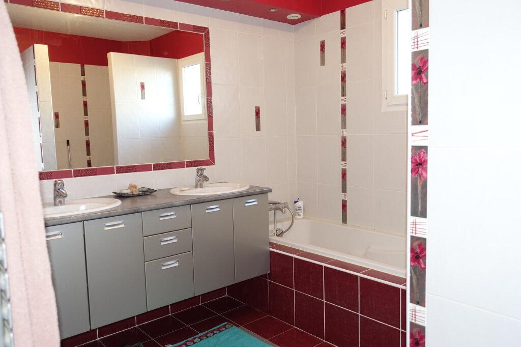 Maison à vendre 7 141.88m2 à Bollène vignette-7