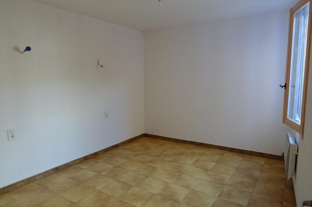 Maison à louer 4 63m2 à Tulette vignette-3