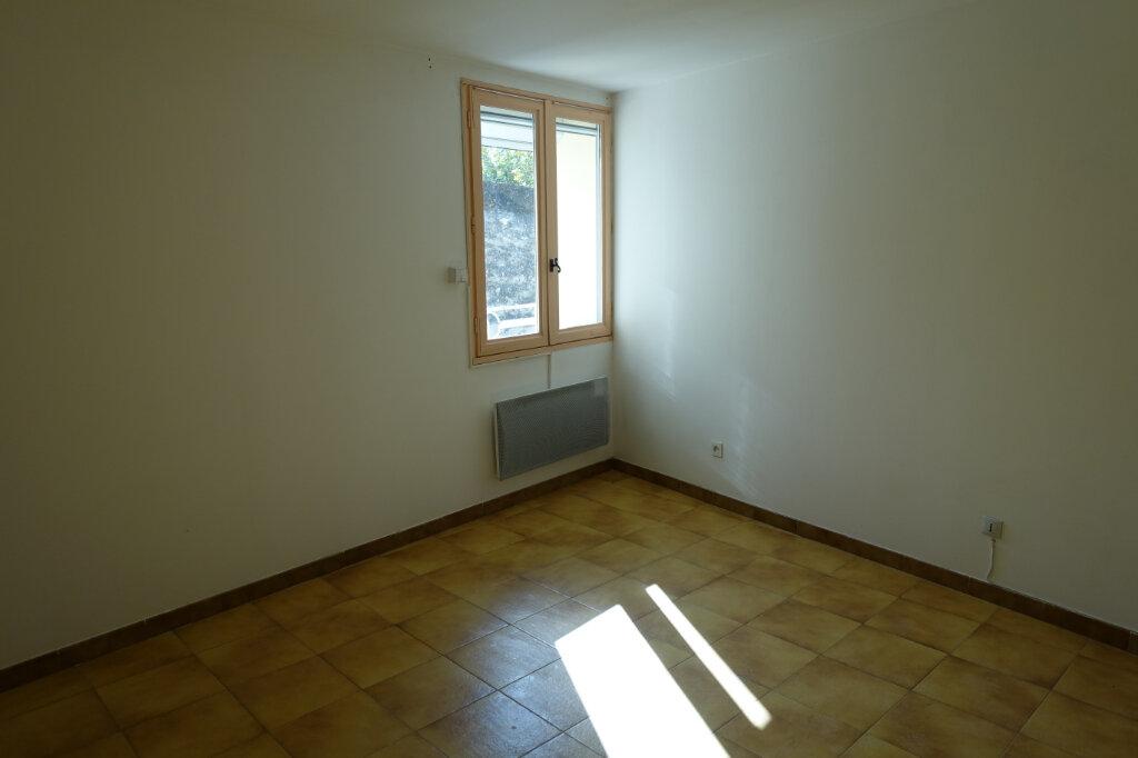 Maison à louer 4 63m2 à Tulette vignette-7