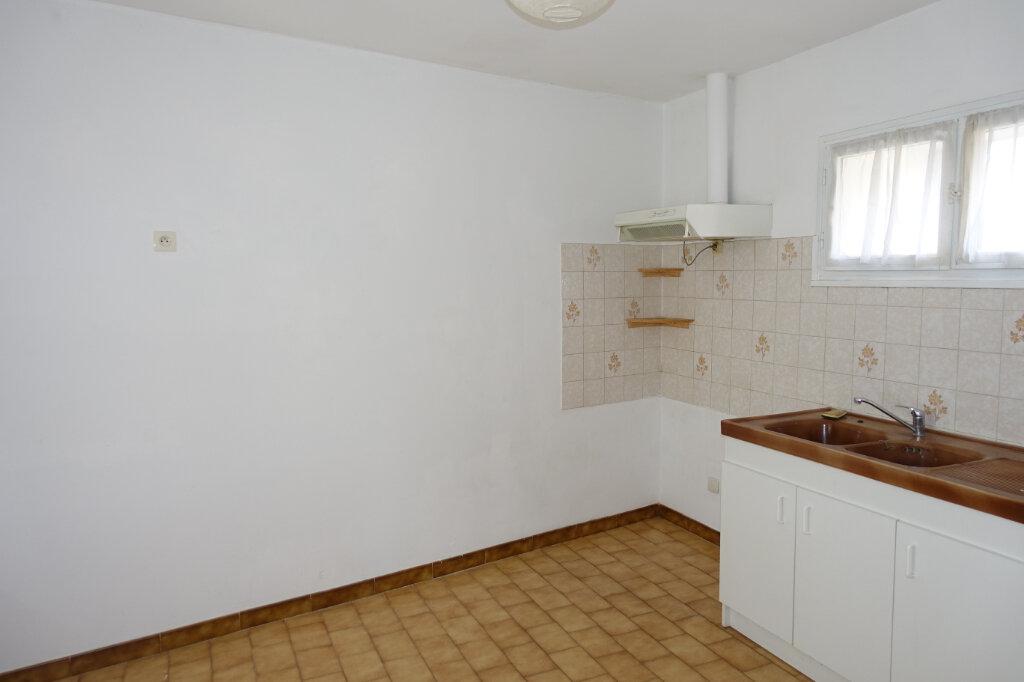 Appartement à louer 4 75m2 à Tulette vignette-3