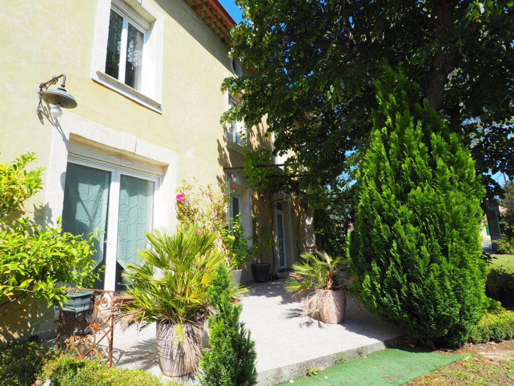 Maison à vendre 11 327.67m2 à Bollène vignette-1