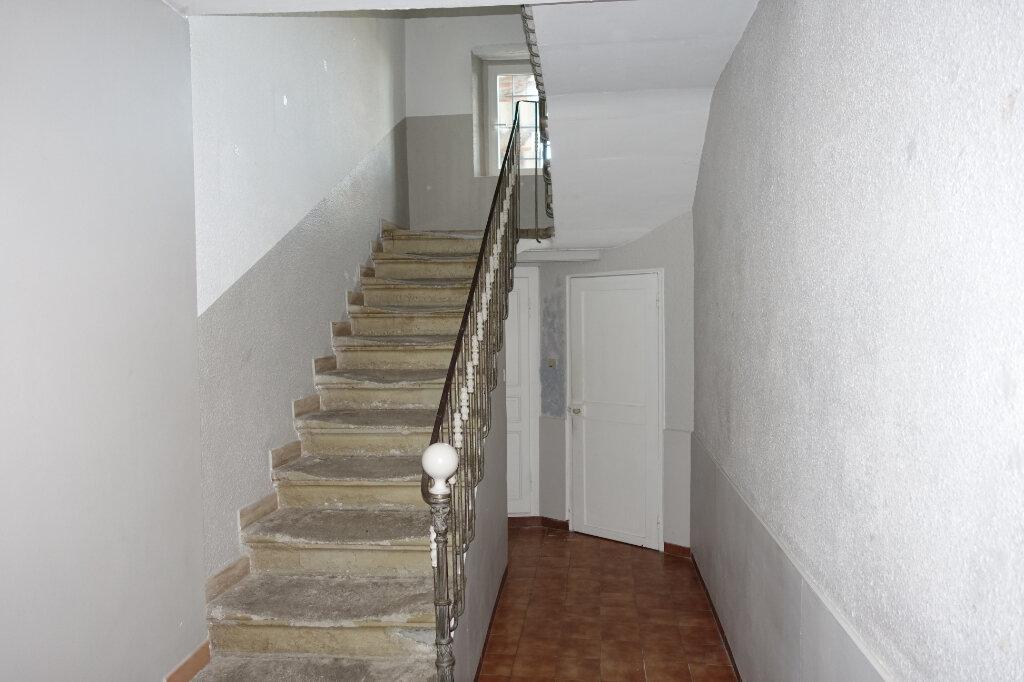 Maison à louer 3 74.9m2 à Bollène vignette-4