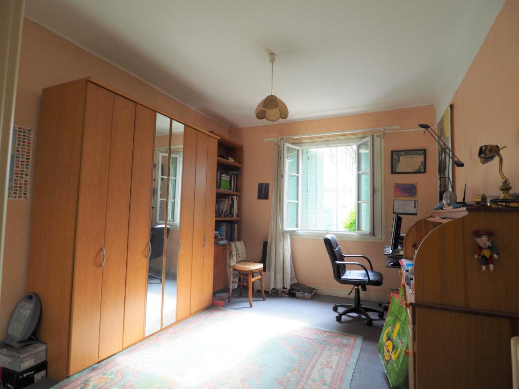 Maison à vendre 5 112.2m2 à Bollène vignette-9