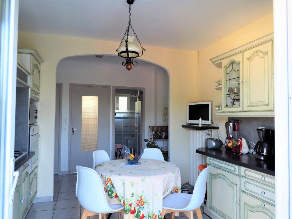 Maison à vendre 6 130m2 à Bollène vignette-6