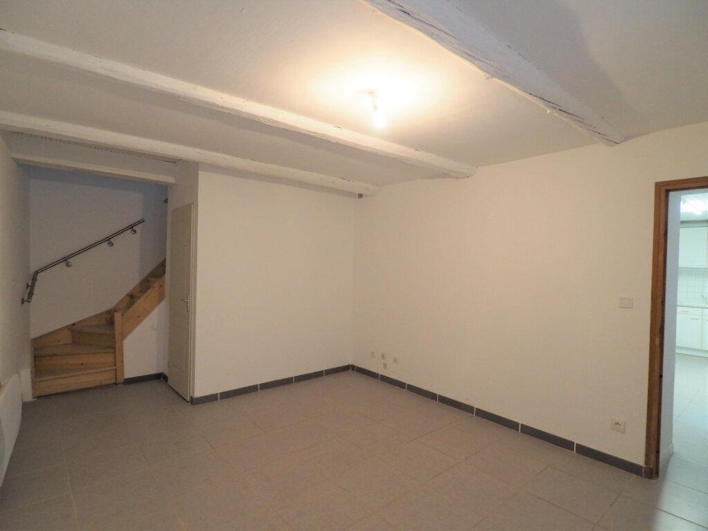 Maison à louer 5 103.9m2 à Lapalud vignette-4