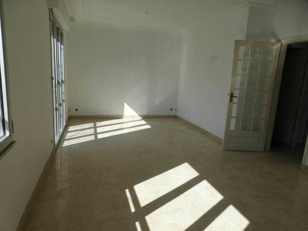 Maison à vendre 6 147.12m2 à Quimper vignette-3
