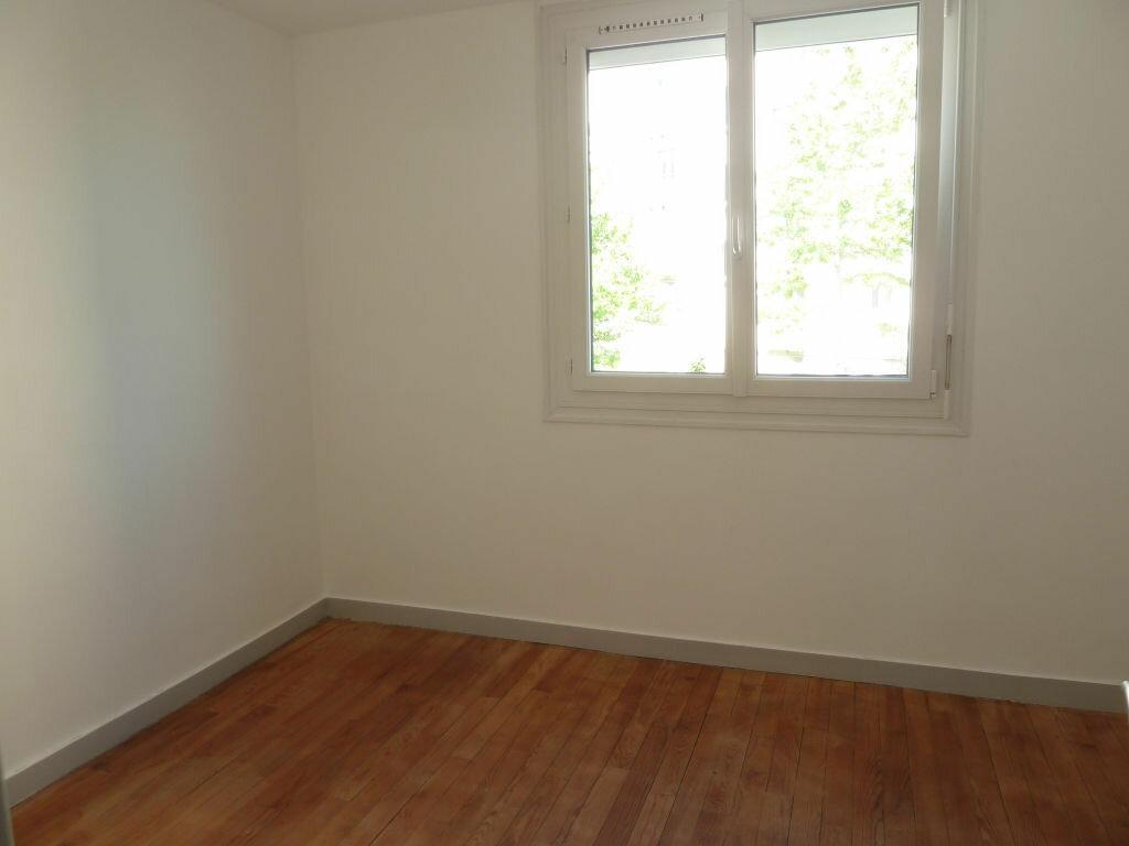 Appartement à vendre 3 53m2 à Quimper vignette-3