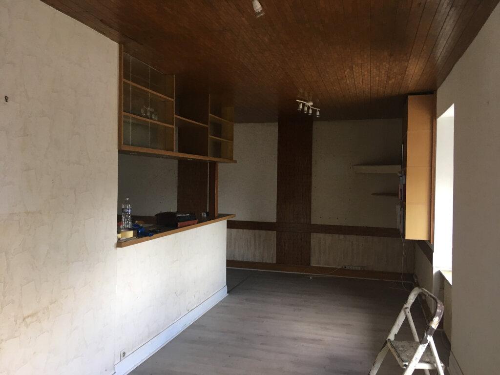 Maison à vendre 5 180m2 à Quimper vignette-1