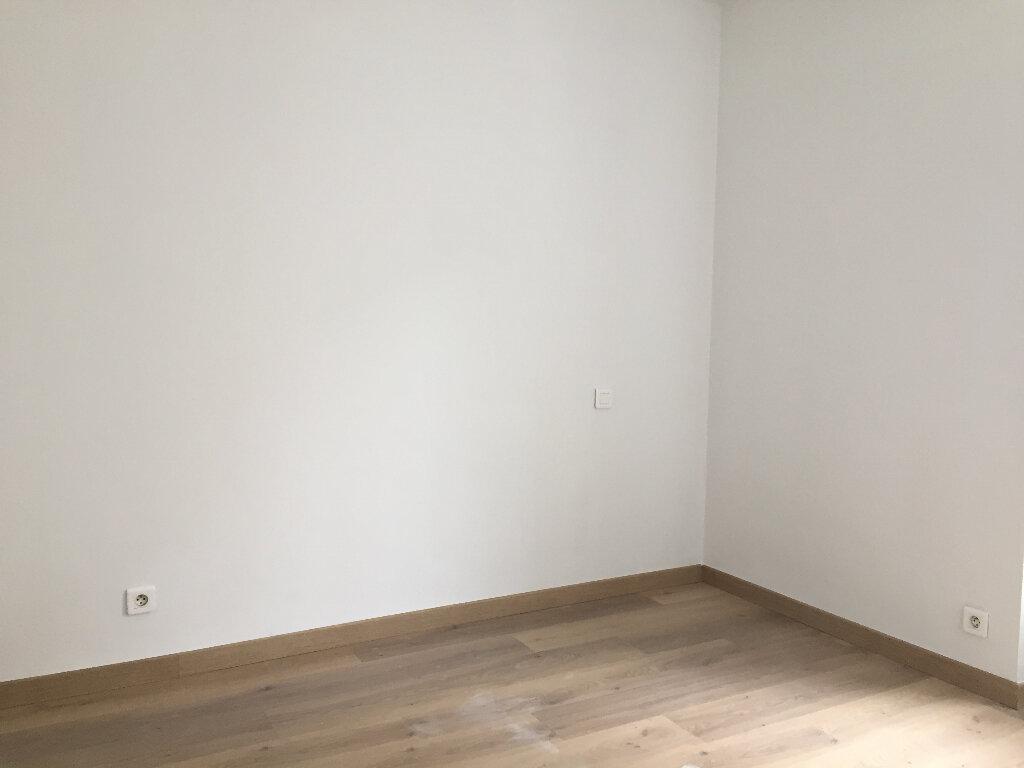 Appartement à louer 2 43.42m2 à Quimper vignette-3