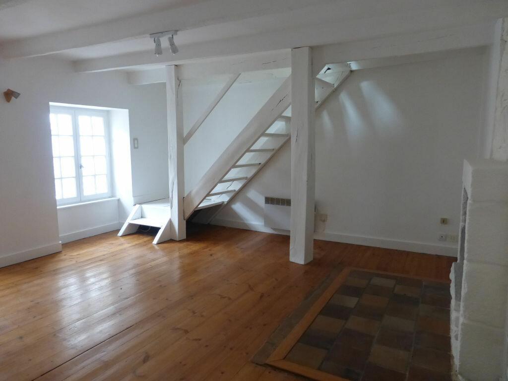 Appartement à louer 3 54.01m2 à Quimper vignette-1