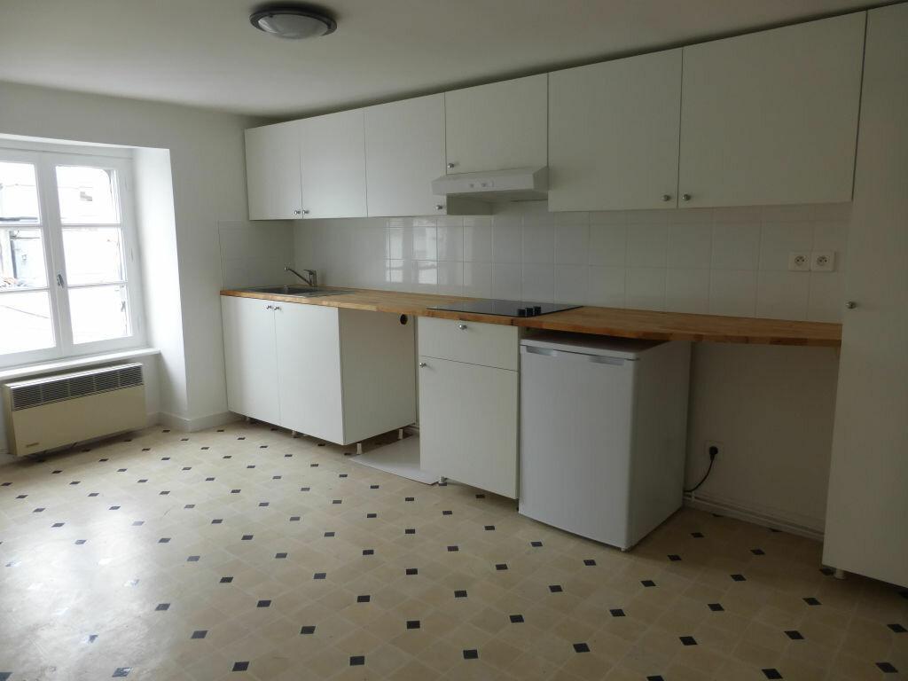 Appartement à louer 3 54.01m2 à Quimper vignette-3