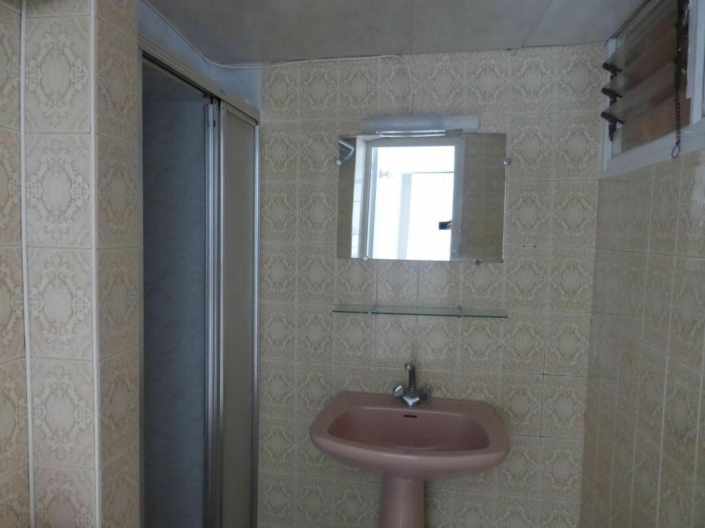 Appartement à louer 3 54.01m2 à Quimper vignette-8
