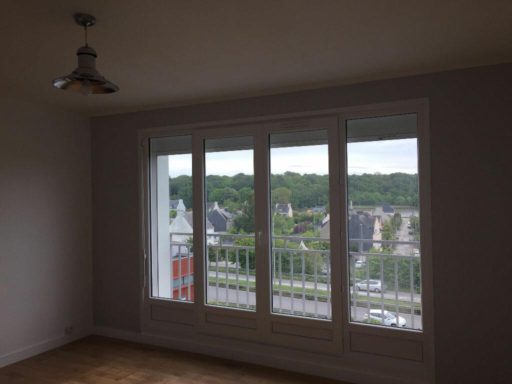 Appartement à louer 2 38.77m2 à Quimper vignette-2