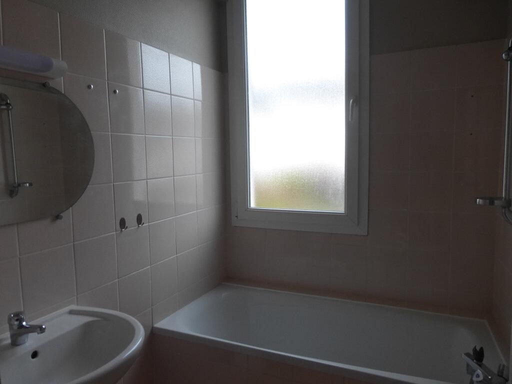 Maison à louer 6 100m2 à Quimper vignette-8