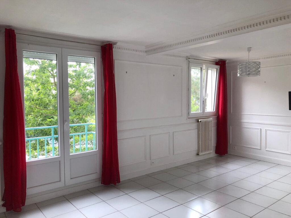 Appartement à louer 3 61.17m2 à Quimper vignette-3