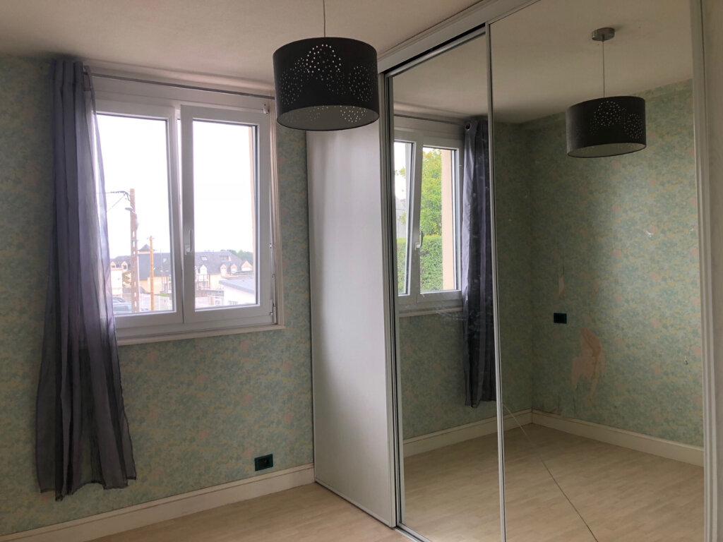 Appartement à louer 3 61.17m2 à Quimper vignette-6