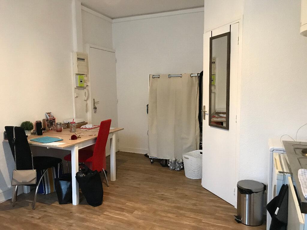Appartement à louer 1 19.06m2 à Quimper vignette-4
