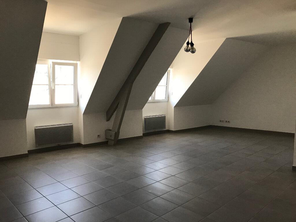 Appartement à louer 4 108.58m2 à Quimper vignette-1