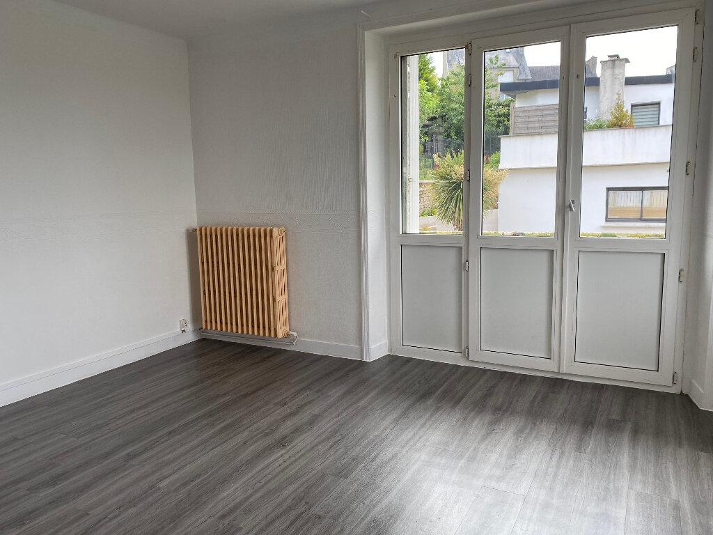 Appartement à louer 3 59m2 à Quimper vignette-2