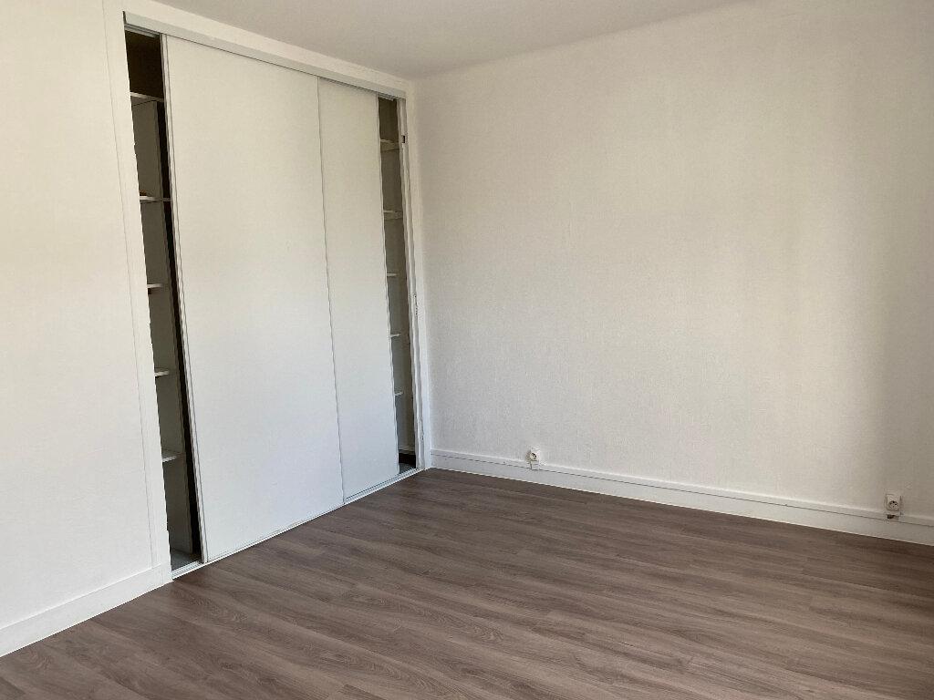 Appartement à louer 3 59m2 à Quimper vignette-6