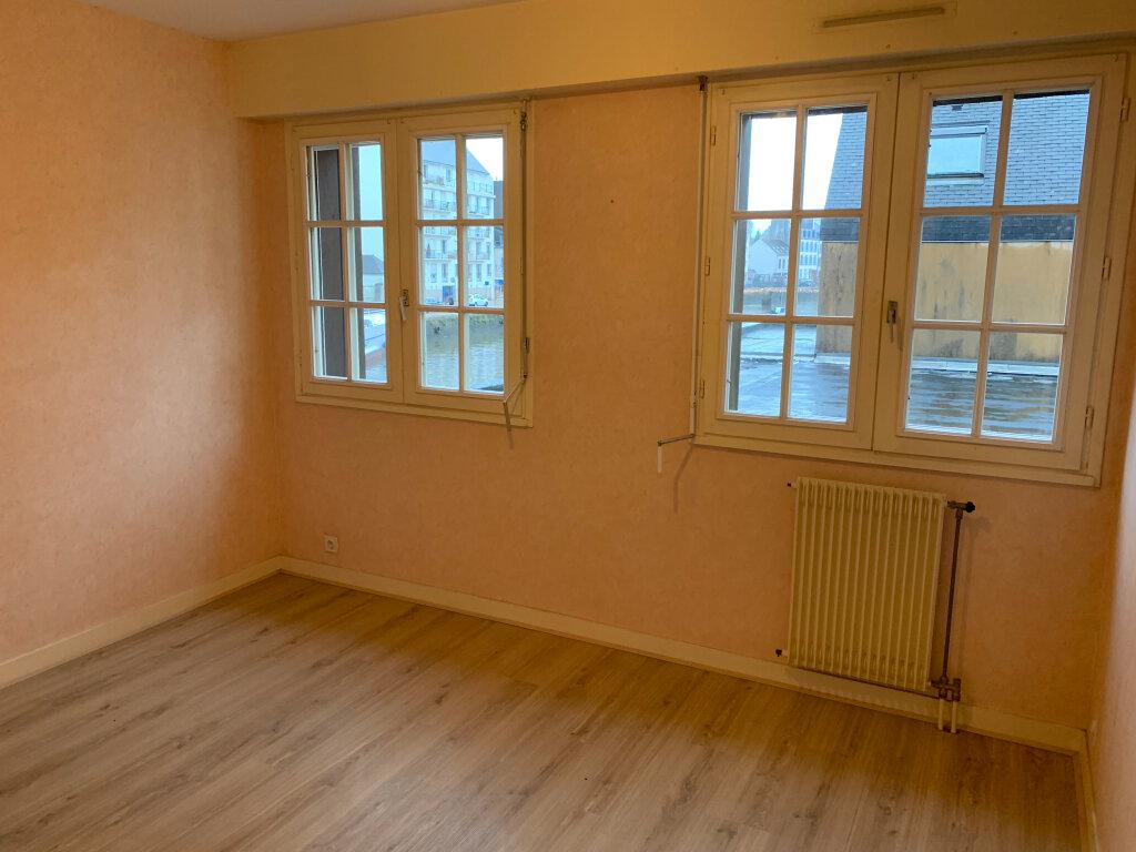 Appartement à louer 2 38m2 à Quimper vignette-2