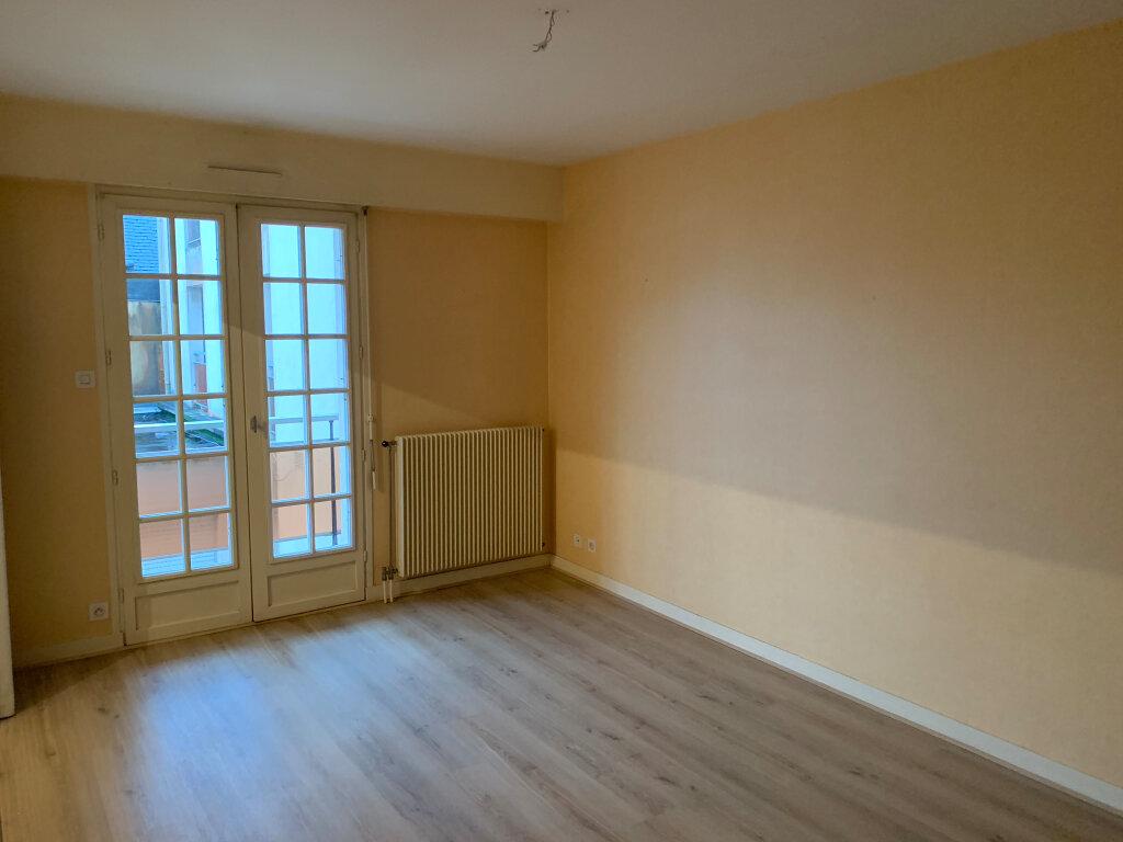 Appartement à louer 2 38m2 à Quimper vignette-4