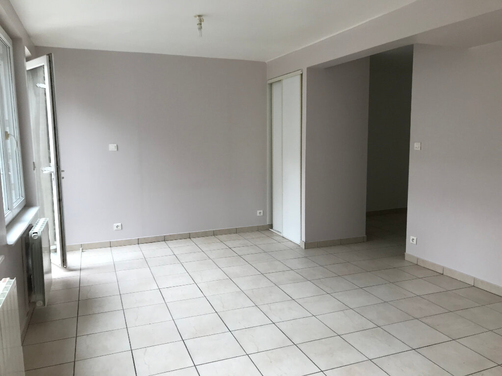 Appartement à louer 1 28.25m2 à Quimper vignette-1