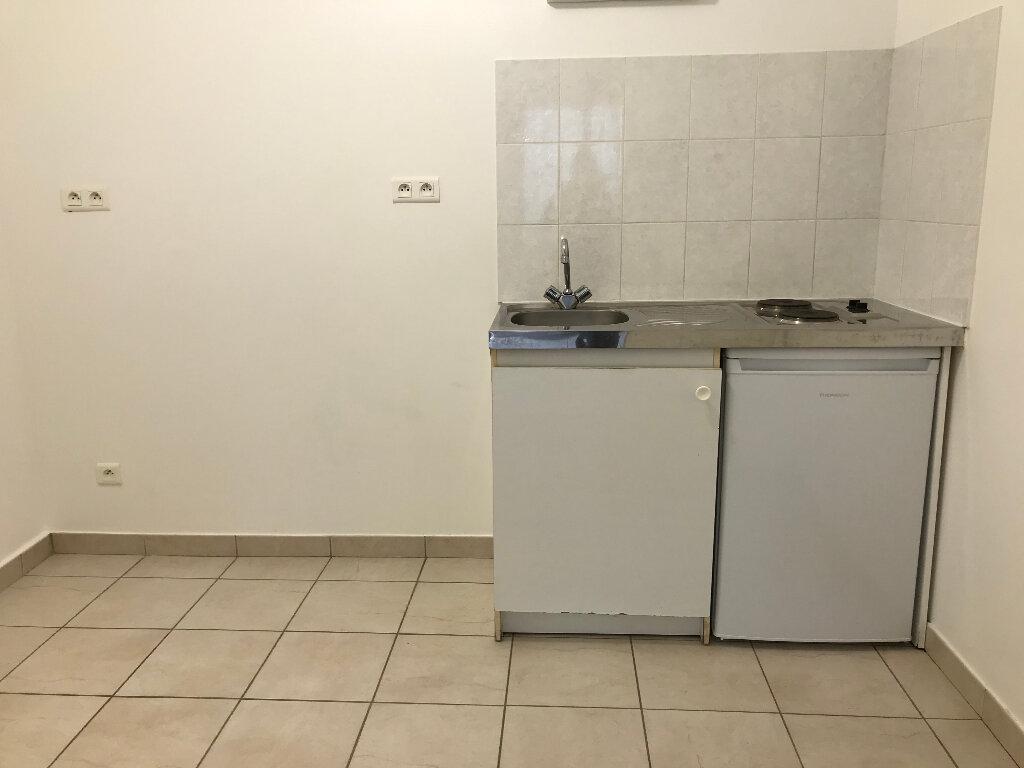 Appartement à louer 1 28.25m2 à Quimper vignette-4