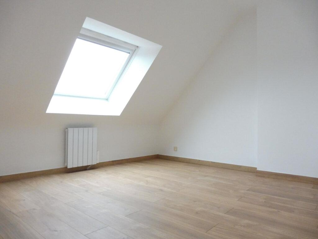 Maison à louer 6 112.3m2 à Fouesnant vignette-8