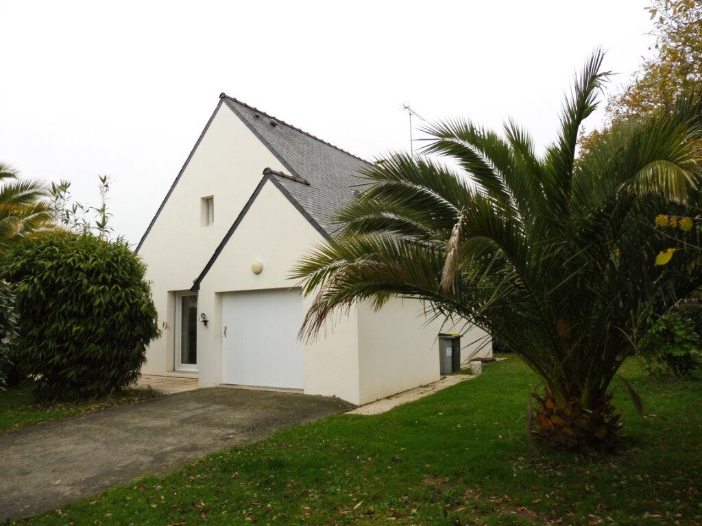 Maison à louer 6 112.3m2 à Fouesnant vignette-12