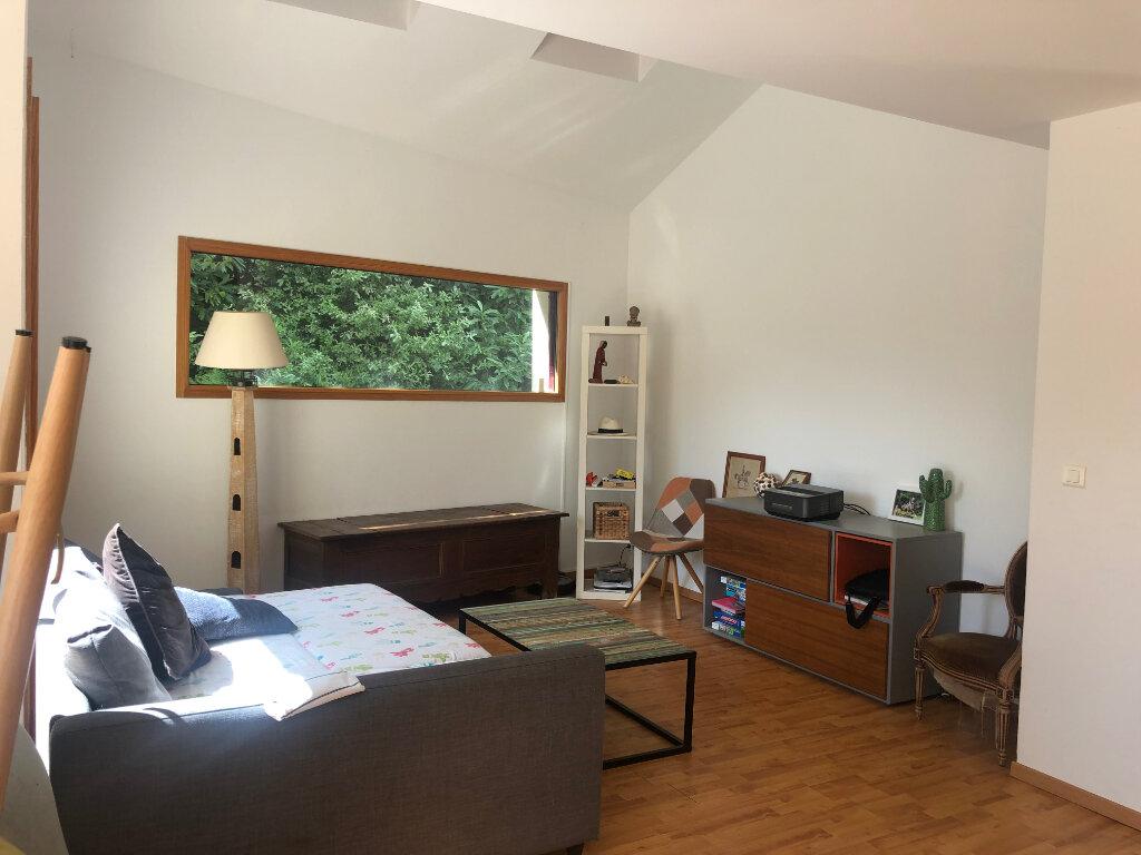 Maison à louer 4 91.9m2 à Fouesnant vignette-2