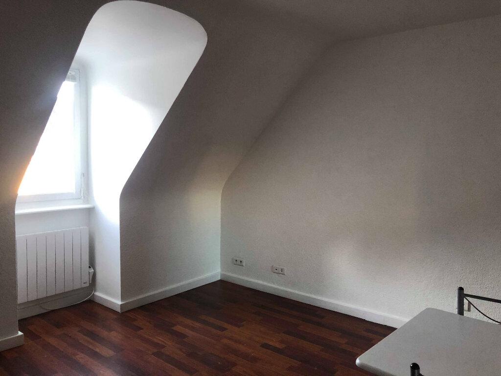 Appartement à louer 2 30m2 à Bénodet vignette-2