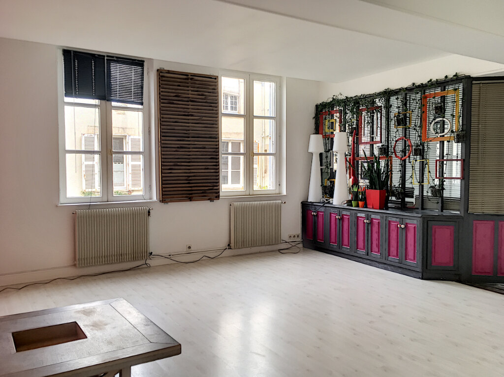 Appartement à vendre 4 84m2 à La Rochelle vignette-1