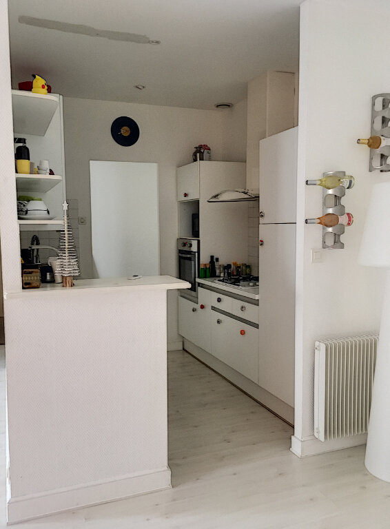 Appartement à vendre 4 84m2 à La Rochelle vignette-3
