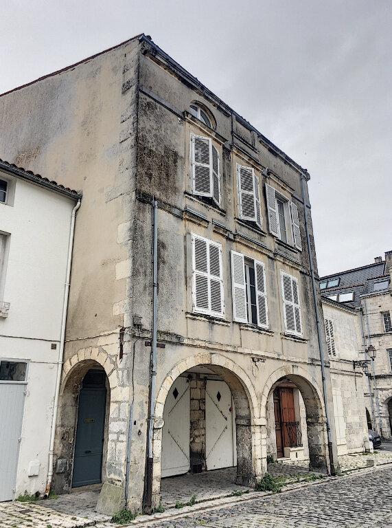Appartement à vendre 4 89.5m2 à La Rochelle vignette-1