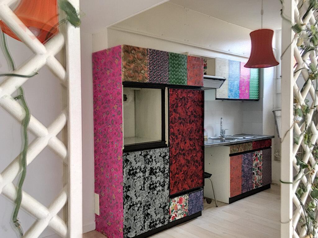 Appartement à vendre 4 89.5m2 à La Rochelle vignette-3