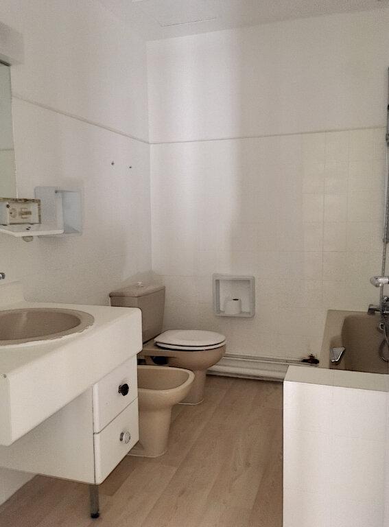 Appartement à vendre 4 89.5m2 à La Rochelle vignette-8