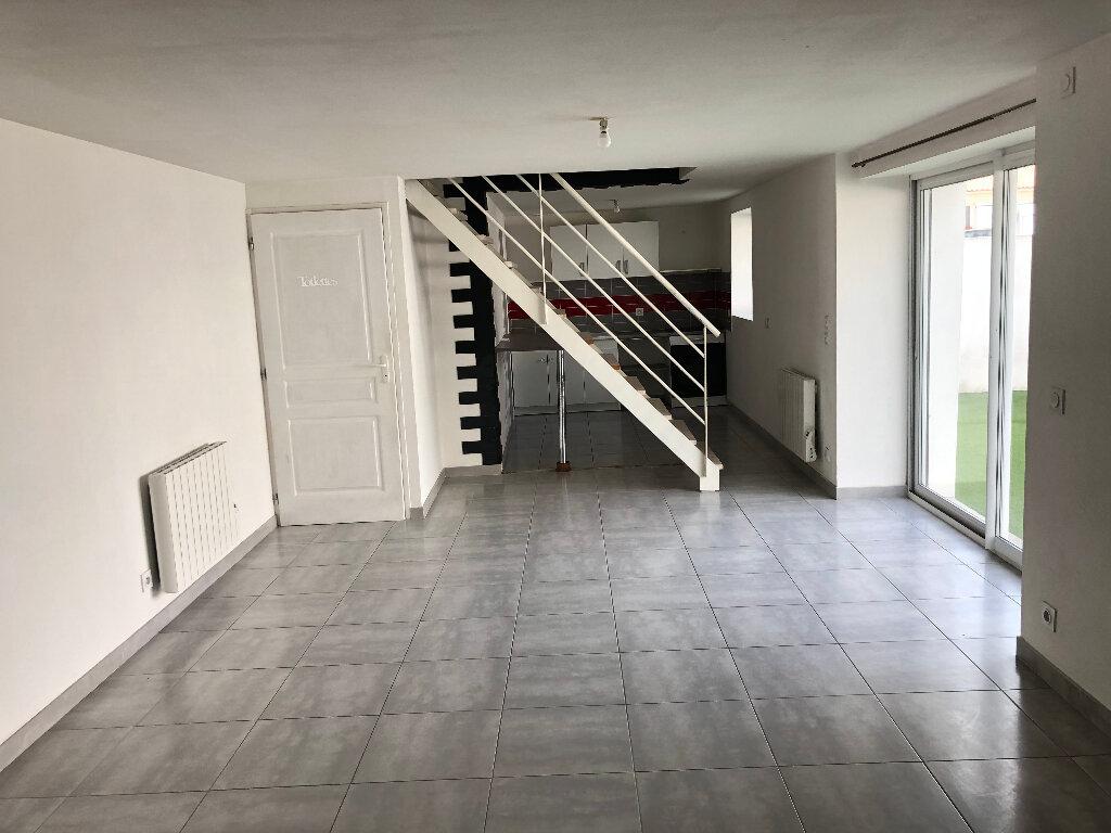 Maison à vendre 3 80m2 à Saint-Ouen-d'Aunis vignette-2