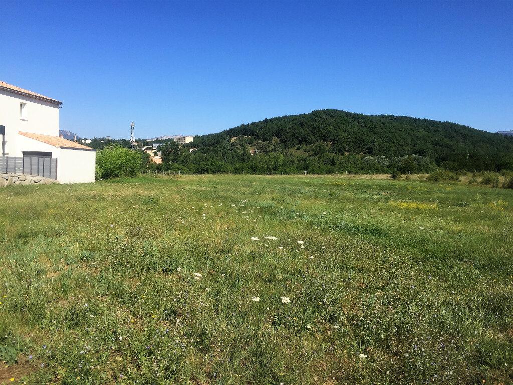 Terrain à vendre 0 851m2 à Laragne-Montéglin vignette-1