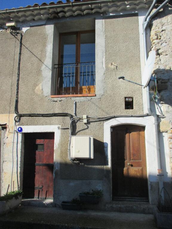Appartement à louer 2 55m2 à Châteauneuf-de-Chabre vignette-1