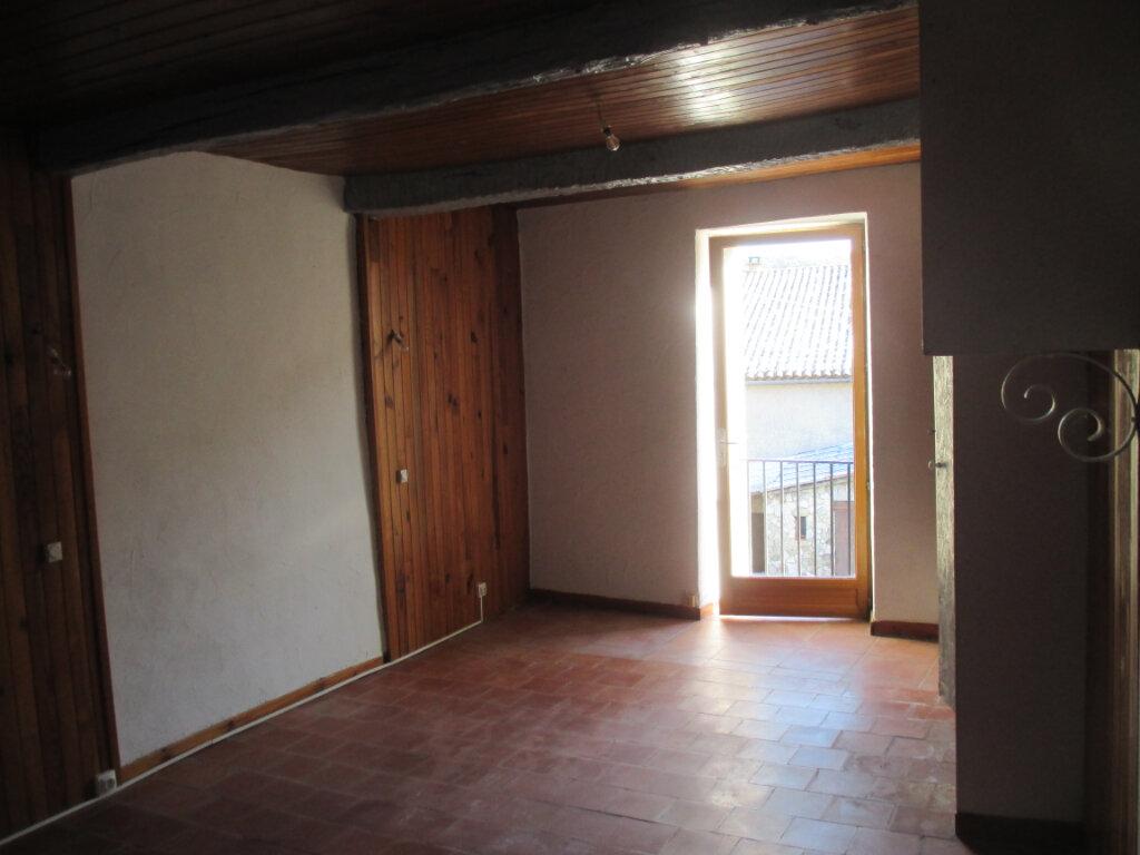 Appartement à louer 2 55m2 à Châteauneuf-de-Chabre vignette-3