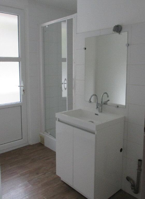 Appartement à louer 4 65m2 à Serres vignette-7