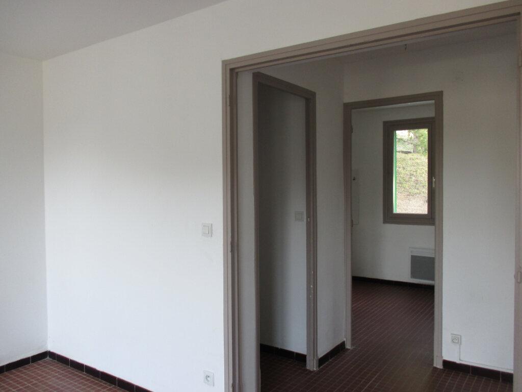 Appartement à louer 4 65m2 à Serres vignette-9