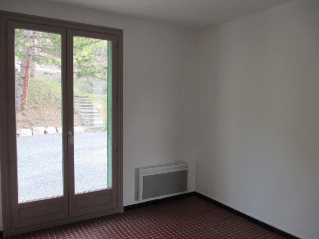 Appartement à louer 4 65m2 à Serres vignette-10