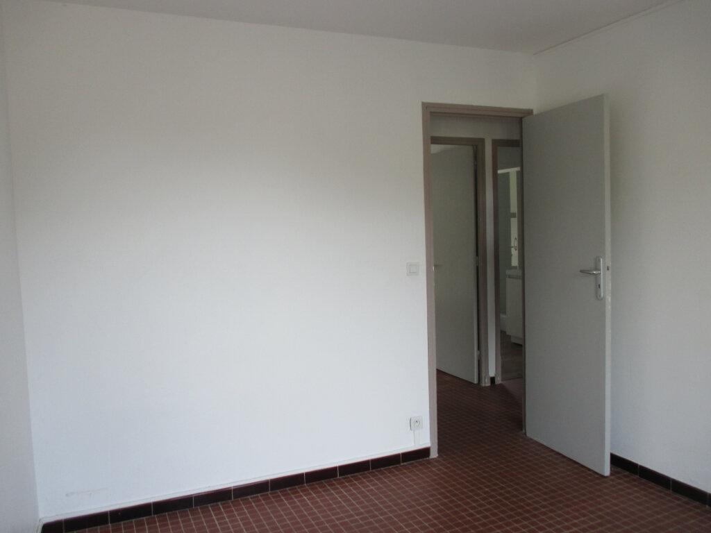 Appartement à louer 4 65m2 à Serres vignette-13