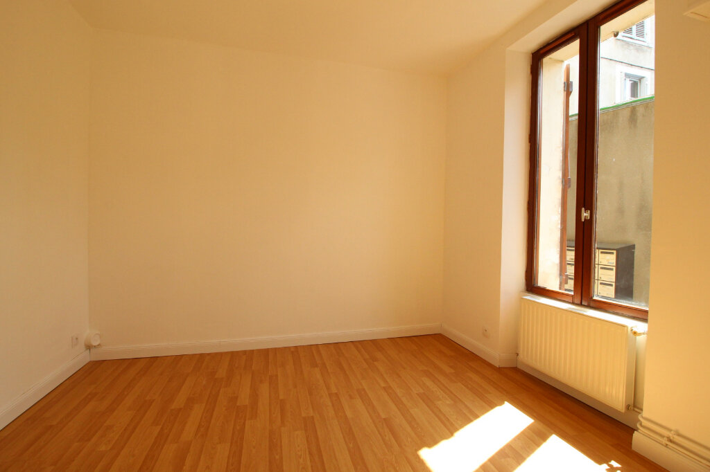 Appartement à louer 2 36m2 à Étampes vignette-2