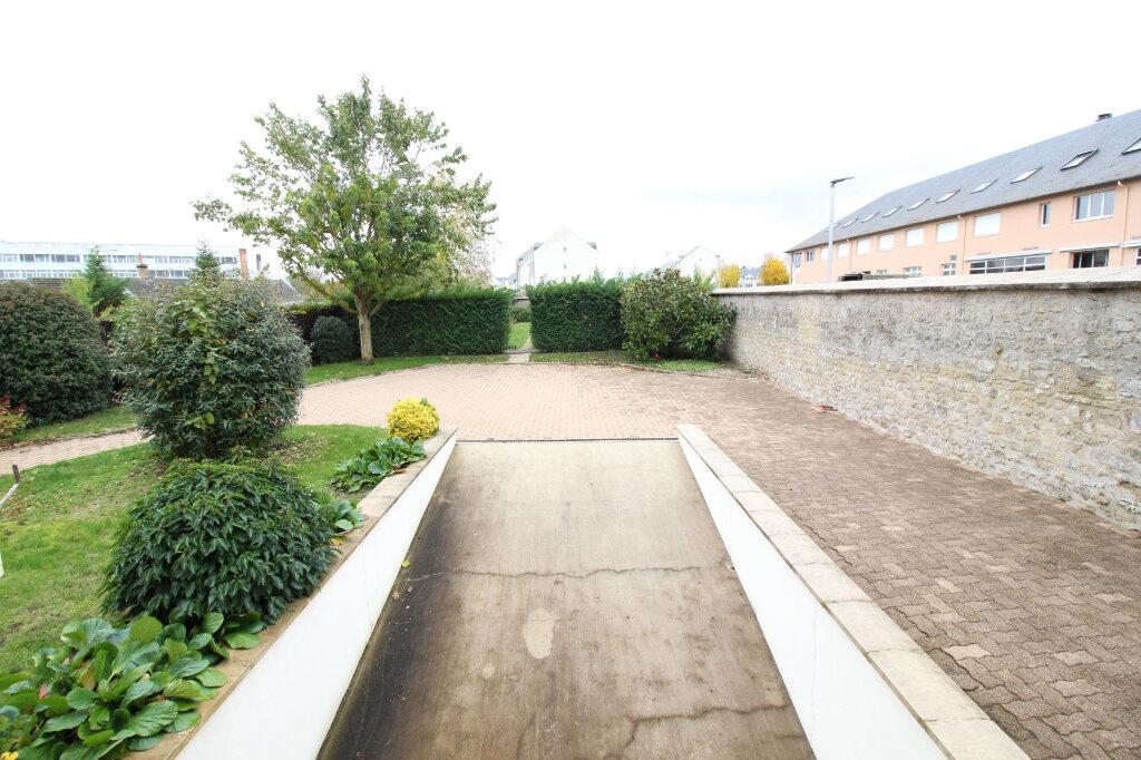 Maison à louer 6 151m2 à Pithiviers vignette-2