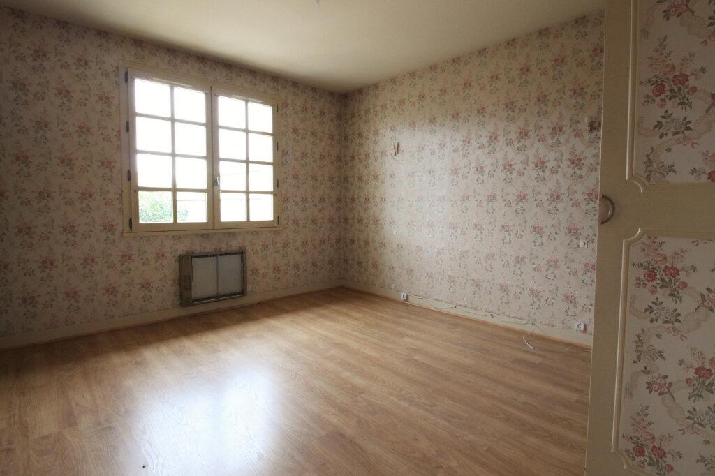 Maison à louer 6 151m2 à Pithiviers vignette-6