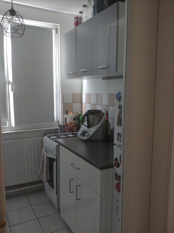 Appartement à louer 2 48.39m2 à Strasbourg vignette-3