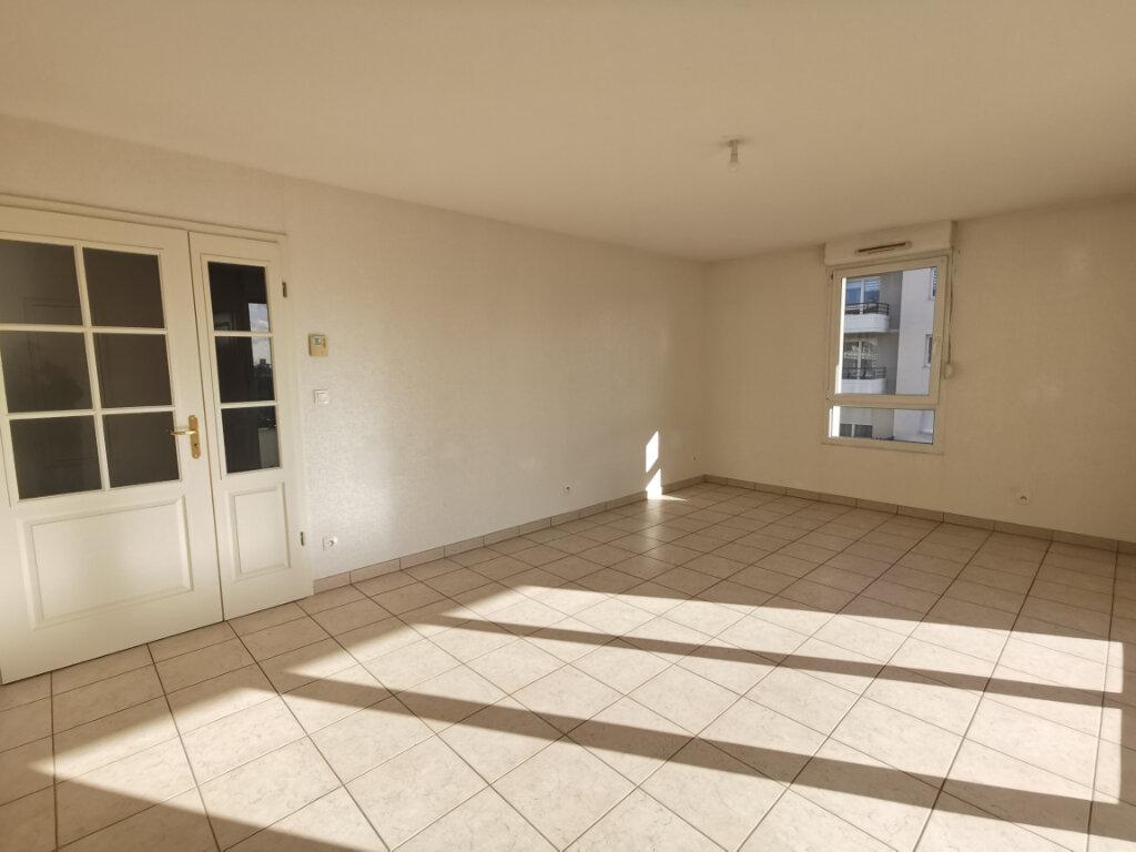 Appartement à louer 3 71.14m2 à Souffelweyersheim vignette-1